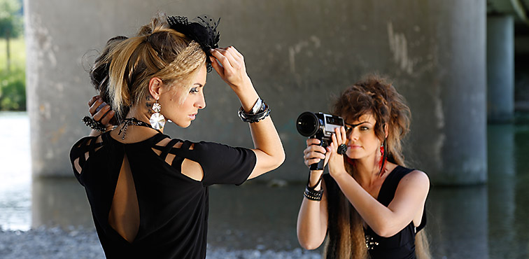 modefotoshooting an der isar - fashion photography roland schmid